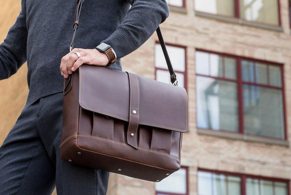 leather messenger bag for men
