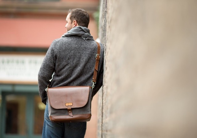 messenger travel bag